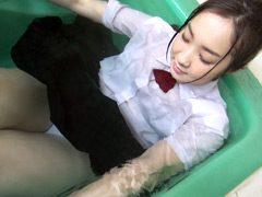 くつろぎの制服混浴